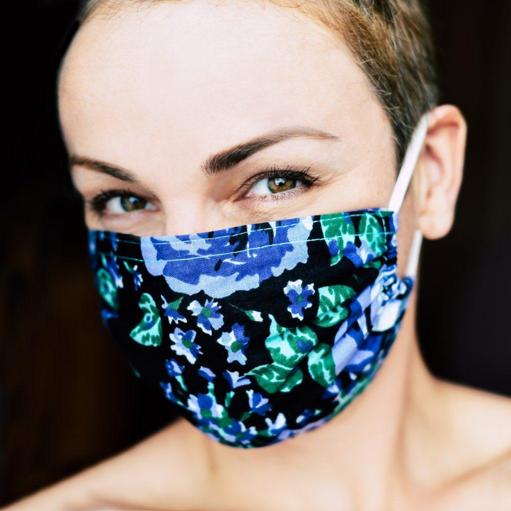 Woman wearing face mask.